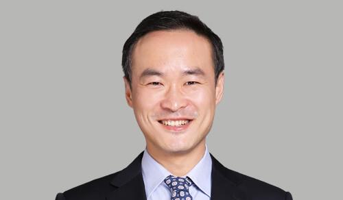 罗永涛-总经理助理、财务负责人、总精算师和董事会秘书,承担董事会秘书、总精算师和财务负责人